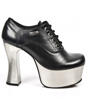 Calçado negra en couro New Rock M.DK004-C11